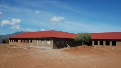 Tipet Primary School:  8 classrooms, administration and water tank